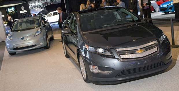 Volt Leaf Chevy Volt, Nissan LEAF Post March Sales