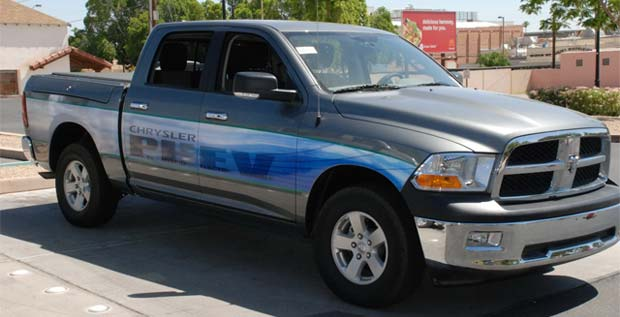 PHEV Ram 1500 Chrysler Delivers 10 PHEV Ram Pickups to CenterPoint Energy and NV Energy