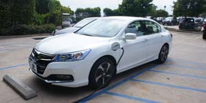 2013-Honda-Accord-Plug-in