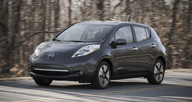 2013 nissan leaf priced at 31 698 in canada. Black Bedroom Furniture Sets. Home Design Ideas