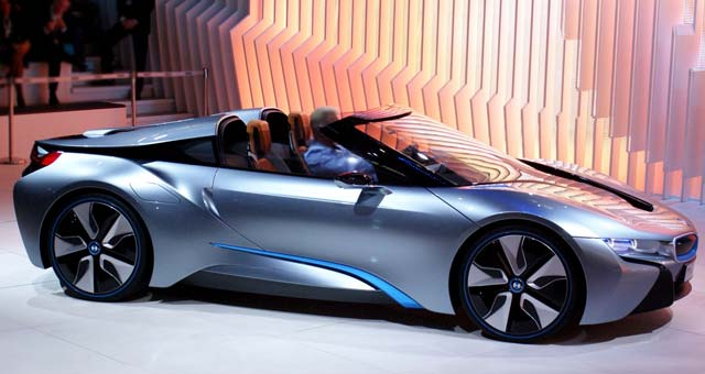 http://electriccarsreport.com/wp-content/uploads/2013/07/BMW-i8-Roadster.jpg