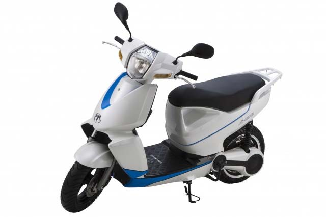 Terra Motors A4000i Is An Iphone Enabled Electric Scooter