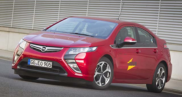 Opel Provides Ampera to iZEUS Research Project in Germany