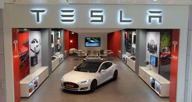 Tesla Opens New Service Center with Showroom in Antwerp
