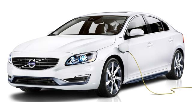 Volvo S60L Petrol Plug-in Hybrid Revealed