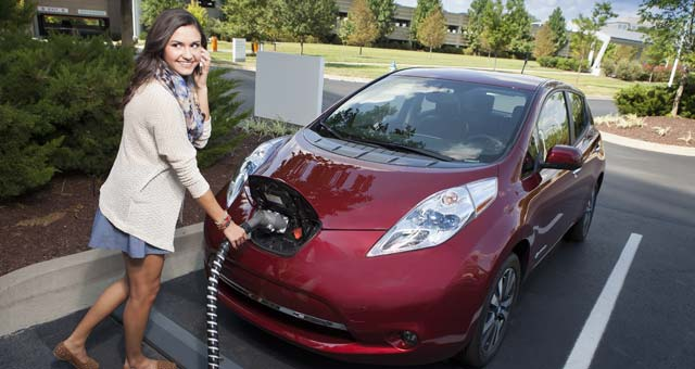 Nissan Offers Free Charging for New LEAF Buyers in Los Angeles