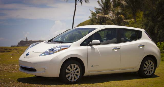 Nissan Delivers First LEAFs in Puerto Rico