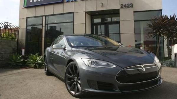 Tesla Model S Tops Consumer Reports' 2015 Top Pick Cars