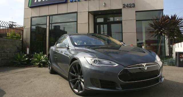 Tesla Model S Performance Available As Daily Rental In LA