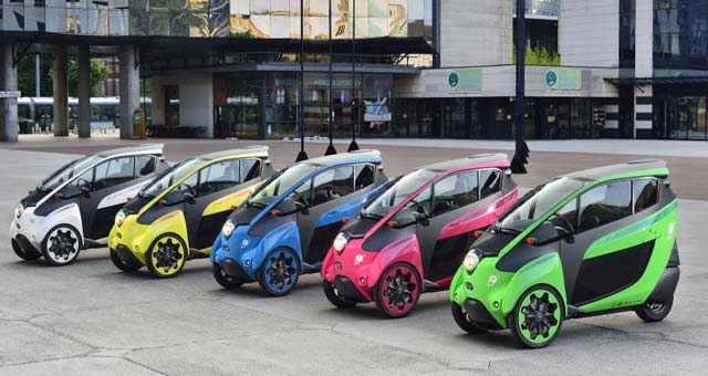 Toyota i-Road on Trial in City of Grenoble