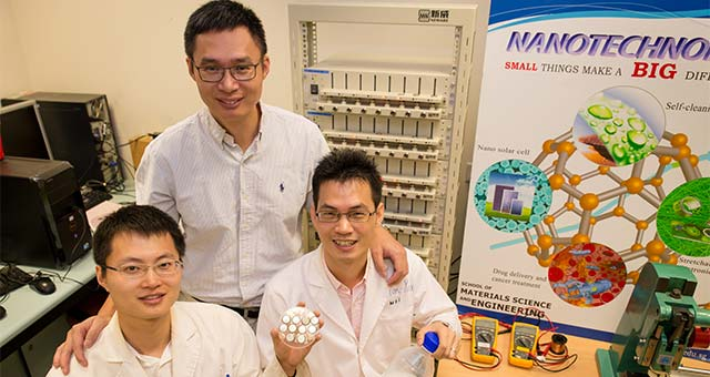 Singapore Scientists Make Breakthrough With Fast-Charge Batteries