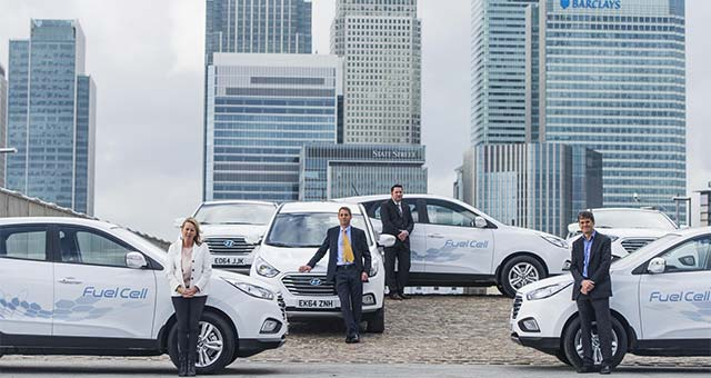 Hyundai Delivers First ix35 Fuel Cell Vehicles To UK Customers