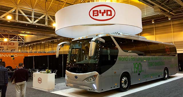 BYD C9 Electric Coach Bus Unveiled at the 2015 UMA Expo