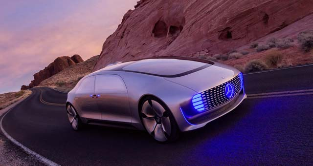 Mercedes-Benz Unveils Self-driving F 015 Luxury in Motion Concept