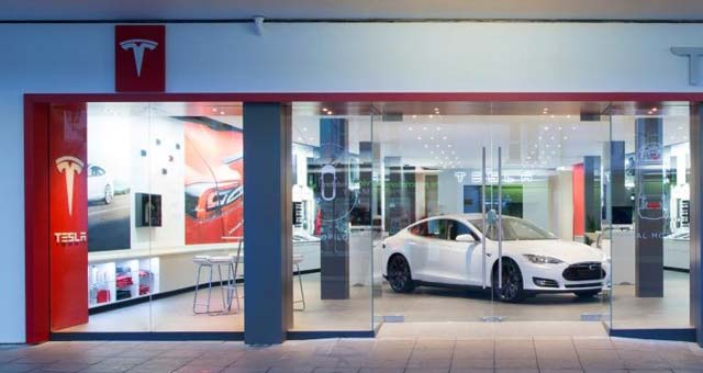 Tesla Continues UK Expansion With New Cheshire Store