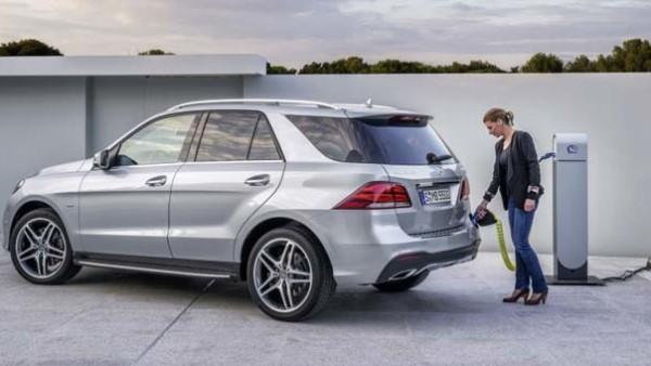 2016 Mercedes-Benz GLE550e PHEV SUV Revealed