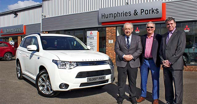 Mitsubishi Sells 10,000th Outlander PHEV in the UK