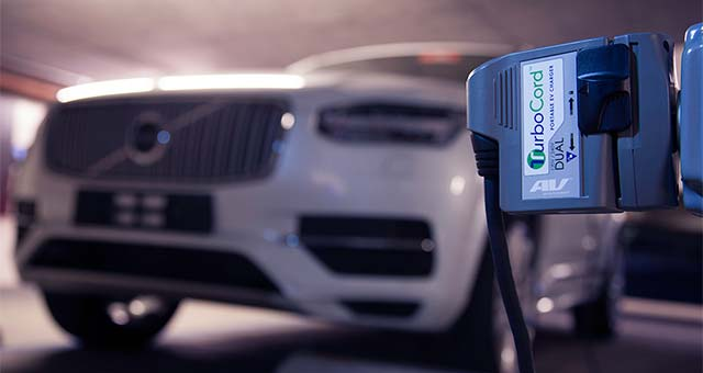 Volvo XC90 T8 Plug-in Hybrid to Include AeroVironment TurboCord Dual Portable Charger as Standard Equipment