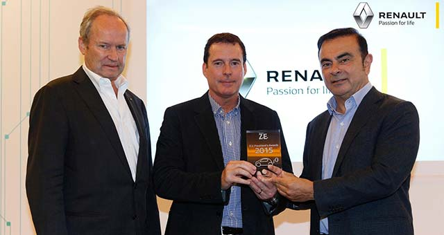 renault recognises leading dealers from zero emission expert network e hike. Black Bedroom Furniture Sets. Home Design Ideas