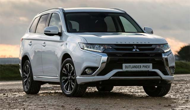 Outlander Phev 4work Collects What Van Green Award For 2017