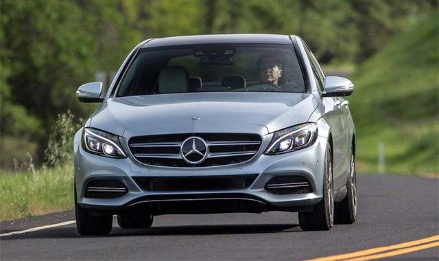 Video Mercedes Benz C 350 E Featured In Fully Charged