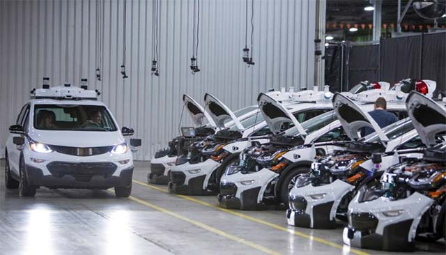 Gm Produces First Round Of Self Driving Chevrolet Bolt Ev