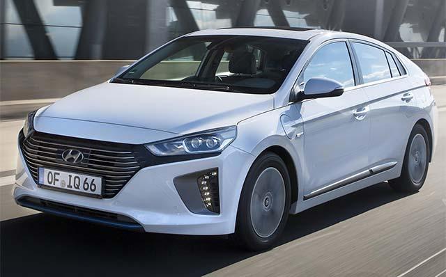 Hyundai Ioniq Named Women S World Car Of The Year E Hike