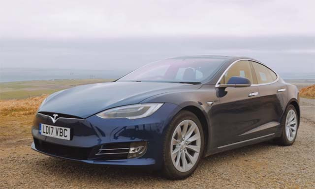 video fully charged features tesla model s 100d. Black Bedroom Furniture Sets. Home Design Ideas