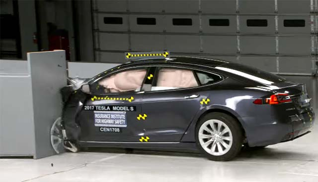 tesla model s fails to achieve top safety pick in latest iihs crash test. Black Bedroom Furniture Sets. Home Design Ideas