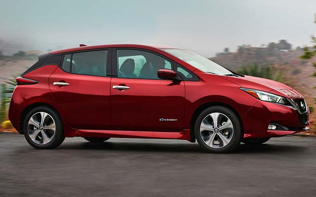 2018 nissan leaf priced from 29 990 before incentives. Black Bedroom Furniture Sets. Home Design Ideas