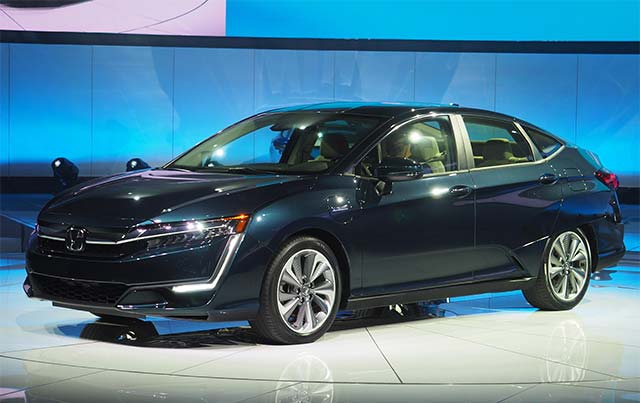 2018 honda clarity plug in hybrid rated at 100 mpge combined 47 miles all electric range. Black Bedroom Furniture Sets. Home Design Ideas