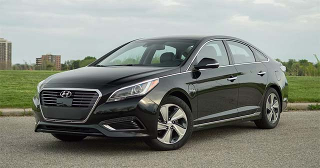 hyundai recalls sonata plug in hybrid for power loss. Black Bedroom Furniture Sets. Home Design Ideas