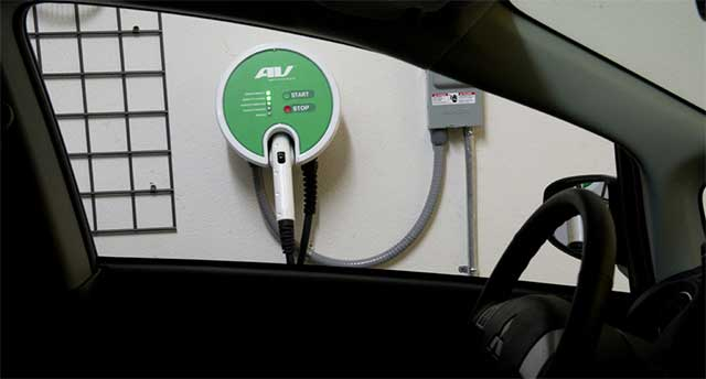 Mitsubishi Electric Developing Charging System Which Employs Evs As An