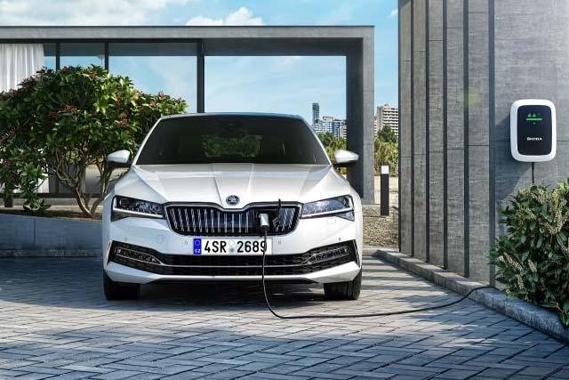 SKODA presents its new iV e-mobility sub brand
