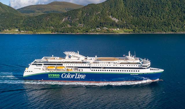 World's largest plug-in hybrid vessel delivered in Norway