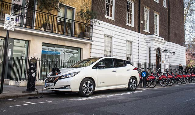 Uber partners with Renault and Nissan to to electrify journeys in Europe