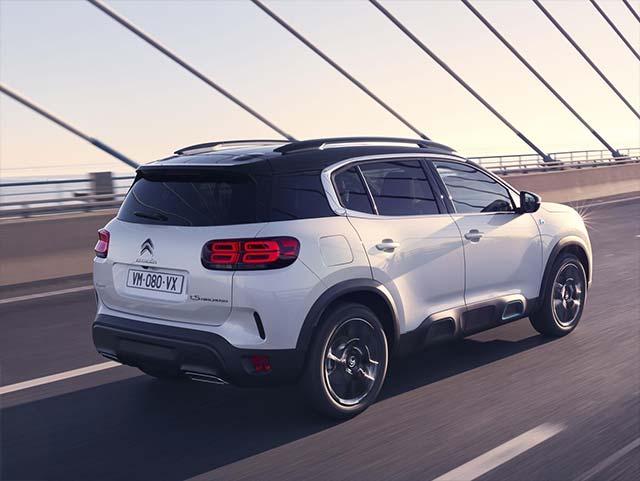 The new Citroen C5 Aircross SUV Hybrid